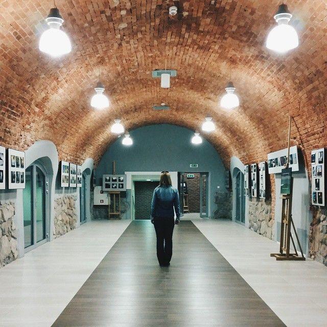 Już jutro 12 kwietnia o godzinie 18.00 wernisaż wystawy fotografii mobilnej. Włocławek, Browar B. Wystawę poprzedzi photowalk o godzinie 12.00. Startujemy z nowej przystani przy Katedrze.  Wypatrujcie @gornykrzychu  Galeria już gotowa. Do zobaczenia jutro.