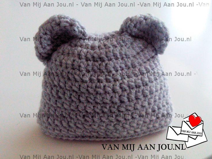 newborn baby en peutermaat - voor meisjes en jongens - berenmuts - muts op bestelling gehaakt - met de hand op maat en kleur gehaakt - www.vanmijaanjou.nl -