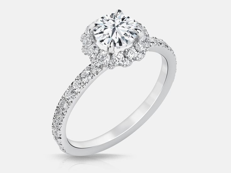 Jacob Mercari offers stunning, responsibly-mined Canadian diamond engagement rings in Toronto. Book a free consultation with us today!