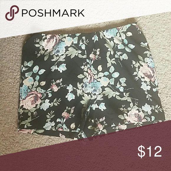 Selling this Wet Seal Floral Shorts on Poshmark! My username is: battyjordyn. #shopmycloset #poshmark #fashion #shopping #style #forsale #Wet Seal #Pants
