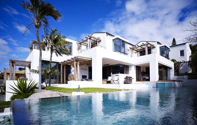 Amazing  Waterfront House Coogee By MPR Design Group, SydneyOur Turnkey Homes on Turnkey Properties is designed to assist busy professionals and real estate investors in generating passive income. www.winvestprops.com