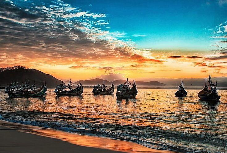 Menilik 5 Keindahan Destinasi Wisata Pantai di Jember