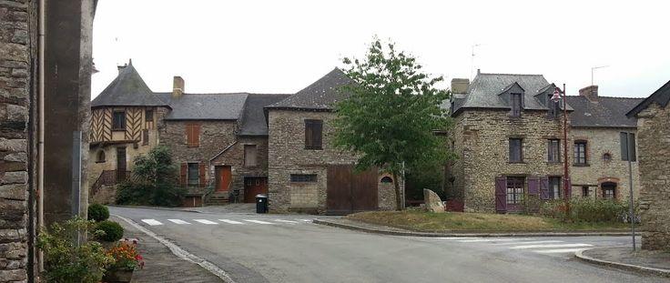 Beau petit village de Poligné (35)