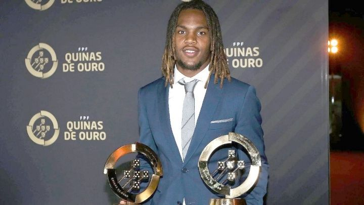 Renato Sanches has been named Best Young Player in Portugal in 2016. Sanches won the poll with 46 percent of the votes cast finishing ahead [read more]