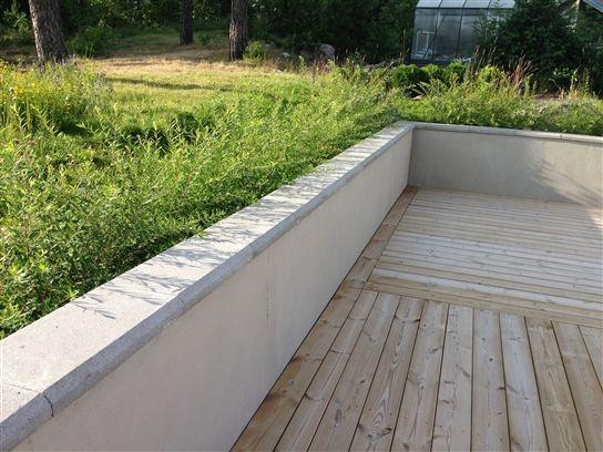 stödmur putsad leca med betongstensavtäckning