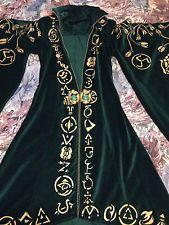 HOCUS POCUS Winifred sanderson costume prop replica