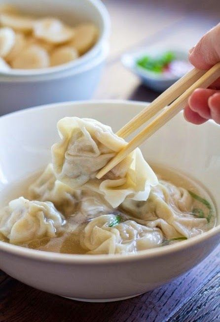 Homemade Wonton Soup - 1 package of wonton wrappers + bowl of water for sealing 1/2 lb (225g) medium prawns (shelled, deveined, dried with paper towers, and finely chopped) 1/2 lb (225g) ground pork 1 tbs finely chopped shallots ¼ cup oregano 2 green onion 1 tsp fish sauce 1 tsp sugar 2 tsp rice wine Soup Broth 6 cups chicken broth 1 cinnamon stick 1 tbs fennel 1 tbs coriander seeds 1 tbs aniseed 1 star anise 2–3 tbs fish sauce 1 tsp white sugar