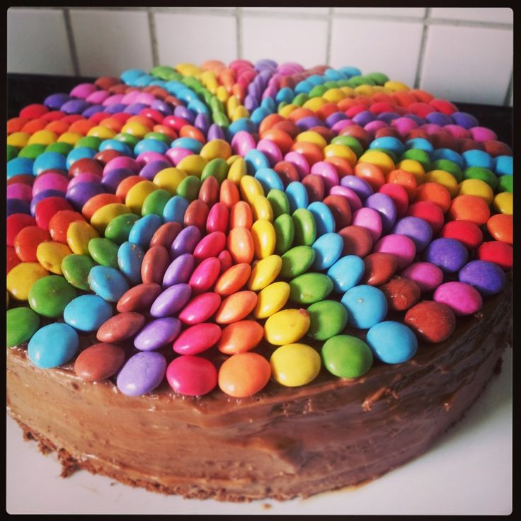 Smarties Swirl #cake #baking #recipe