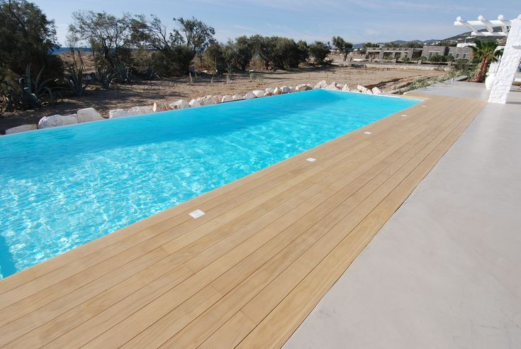 Deck Πισίνας | Pool deck in Greece | Kritikoswood | Accoya