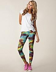 Cyber Print Leggings - Club L - Blå mönstrad - Leggings - Kläder - NELLY.COM Mode online på nätet $149