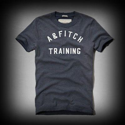 アバクロ メンズ Tシャツ Abercrombie&Fitch Seymour Mountain Tee Tシャツ ★アバクロ新作商品。アバクロ 銀座店で販売されていない海外限定の入手困難なアイテム! ★色あせ古めかされたメッセージのロゴプリントがいい味が出ている。