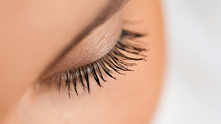 From glue-on to magnetic to semi-permanent lashes, here's the scoop on everything fake eye lashes.