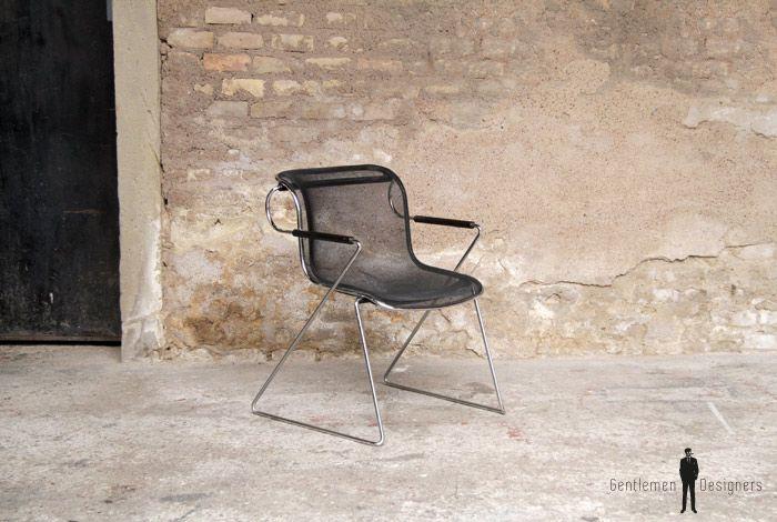 Meubles Design Haut De Gamme D Occasion Et D Exposition Mobilier De Salon Meuble Design Chaise Fauteuil