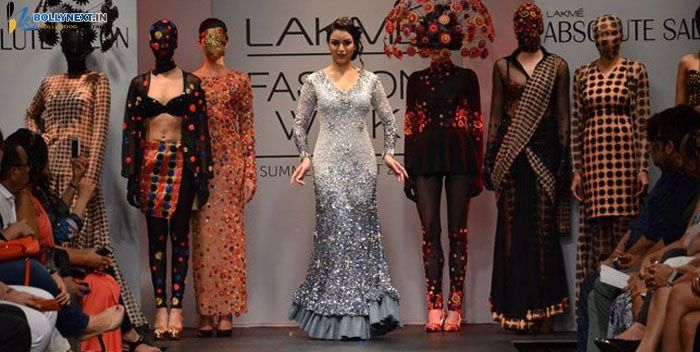 Neha Dhupia at Lakme Fashion Week 2014