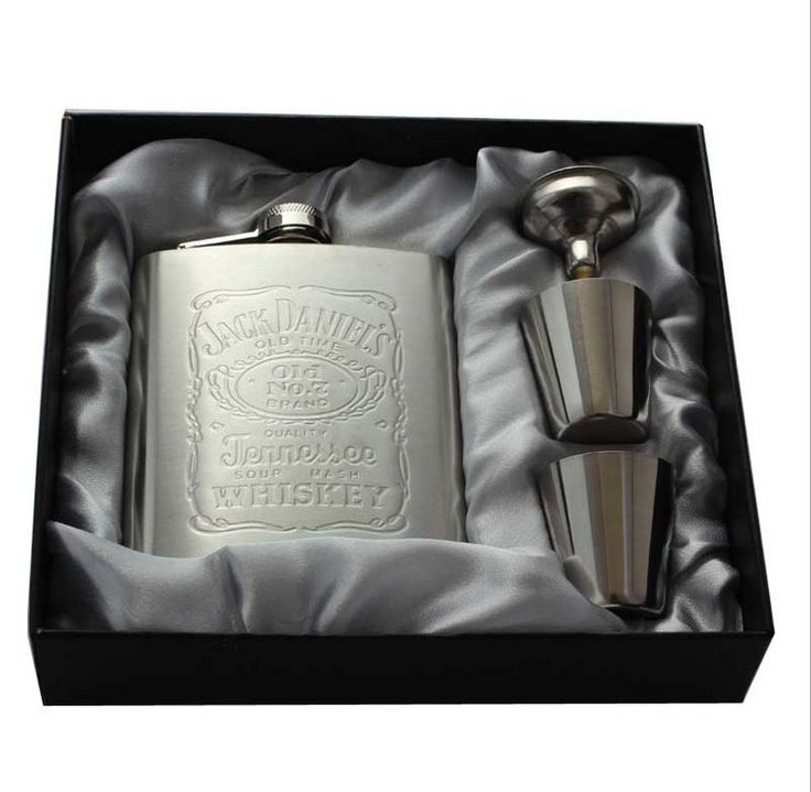 1Set 7oz Stainless Steel Hip Flask Sets Whiskey Alcohol Liquor Wine Bottle Drink Mug with a Box Russian Pocket Flask  Z547