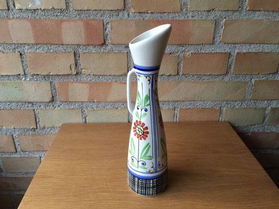 Wonderful 1950s vase from Danish Aksini designed by QuirkySundays