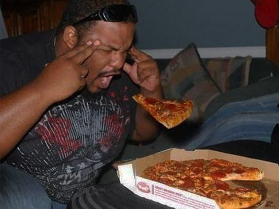 Use The Force...Pizza Time, Pizza Power, Funny Post, Funny Pics, Funny Pictures, Funny Stuff, Humor, Pizza Telekinesis, Pizza Eating