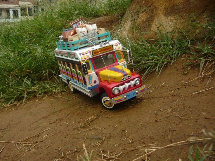 Chivas colombianas...  Material: Madera Escala: 1:15