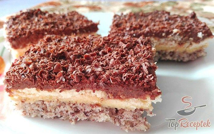 A diós tészta önmagában nagyon finom, nem beszélve arról, amikor ellenállhatatlan vaníliás és csokoládés krémmel van rétegezve. Ezért is annyira finom és a család körében rendkívül közkedvelt a diószelet vaníliás-csokoládés krémmel. Szerencsére az elkészítése is egyszerű. A tésztát megsütjük, a krémeket elkészítjük, rétegezzük, csokoládéval megszórjuk, és már kész is.