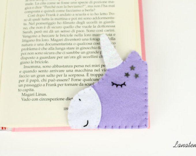 Segnalibro Unicorno lilla con corno brillantinato, segnalibro ad angolo in feltro, regalo sorella, amica, amante lettura, fatto a mano