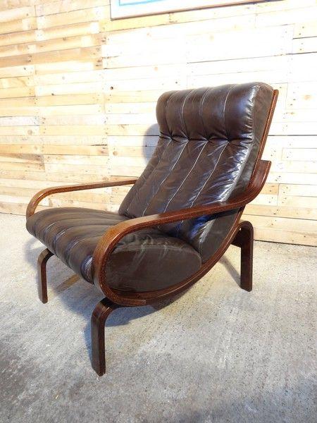 EU Vintage specialise in retro vintage 1960s furniture, teak retro sideboard, teakhouten retro dressoir, wij zijn eu vintage gespecialiseerd in retro jaren 60 meubelen, retro 1960s meubelen, jaren 60 meubelen, charlotte Perriand, Eamus