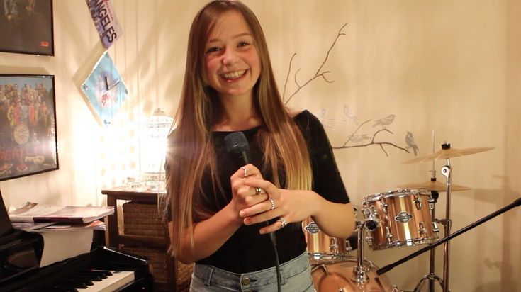 Listen - Beyonce - Connie Talbot Cover - Connie has the best, most powerful voice:)