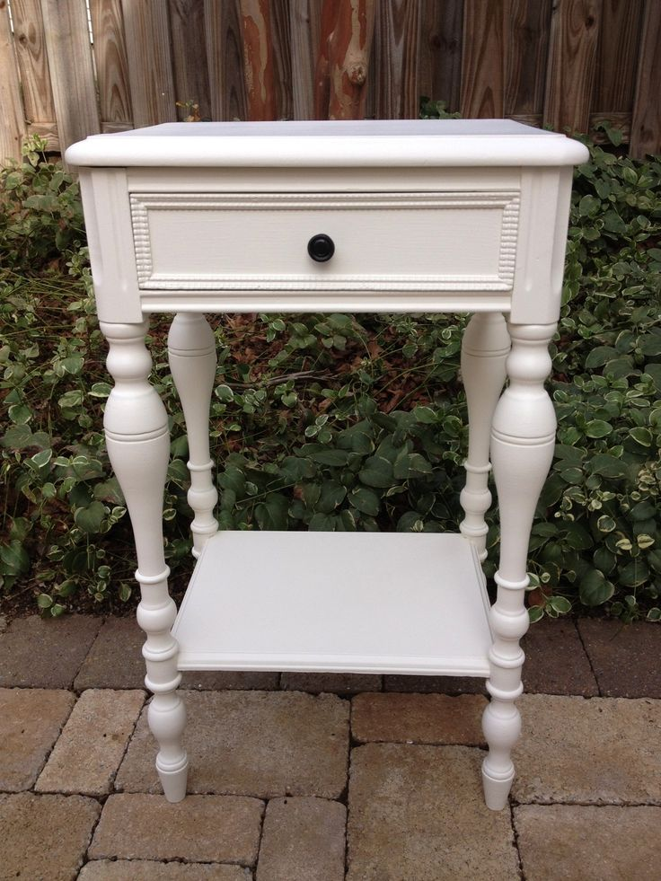 Off white accent table mccormick paint white shadow for White shadow paint color
