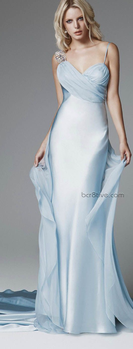 Blumarine 2013 Gelin Koleksiyonu  Just need an elegant place to have David take me out & I would want to wear this gown.