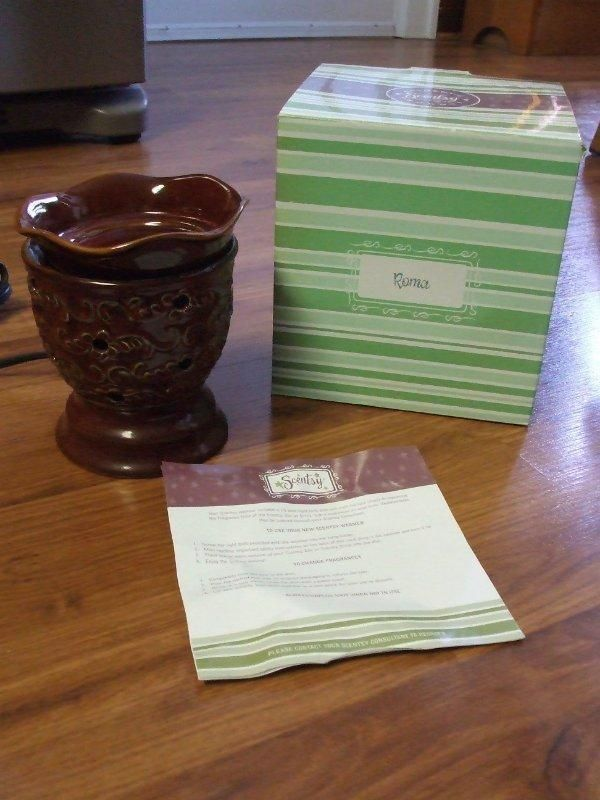 NEW and retired! gorgeous #Scentsy Roma Renaissance Collection Full Size Electric Tart Warmer just $20.00. FOUND on eBay