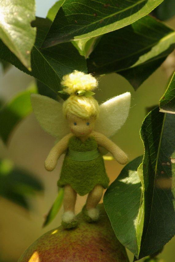 Tinkerbell / / Waldorf Puppe / / Geschenk für Mädchen von TaleWorld