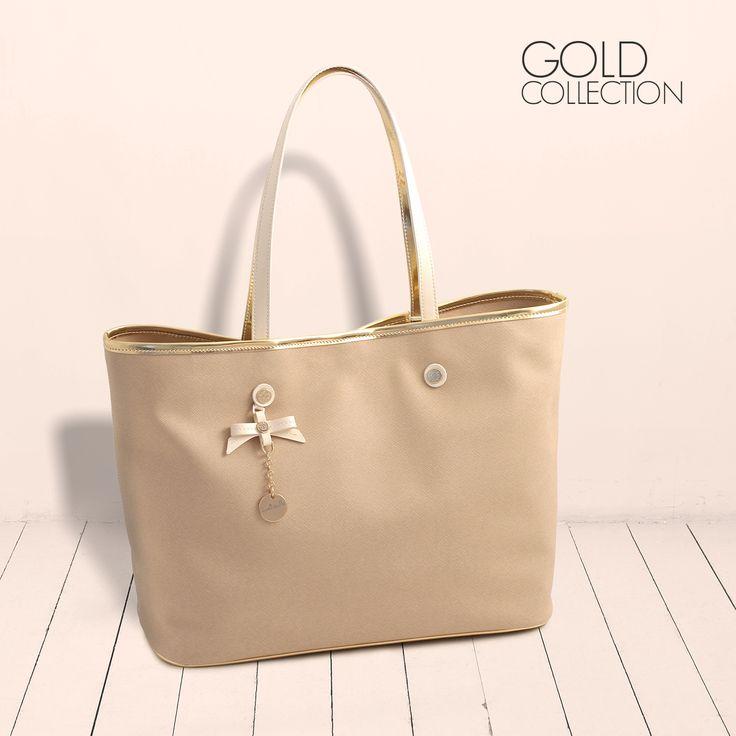 Loristella Gold Collection #loristella #goldbag #summer2015 #fashionbag #intacool #fashion #bijoux #heart #goldpochette #solocosebelle #outfit