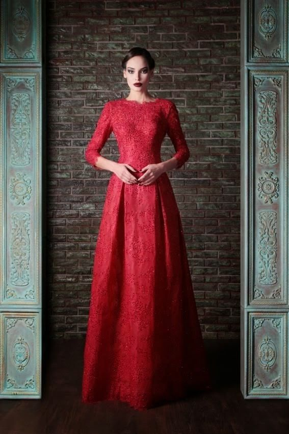 Beautiful dress....could be turned into a Hijab look