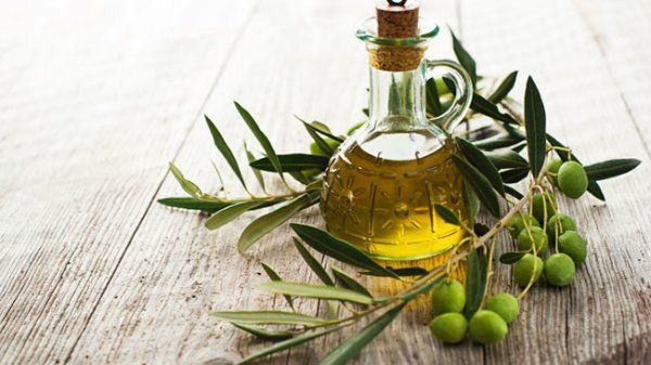 olive oil for treating piles