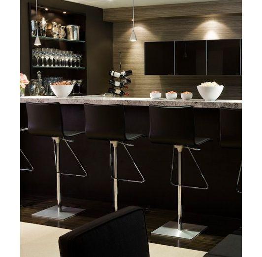 Luxury Basement Designs: Luxury Basement Bar #basement #wainscoting #design