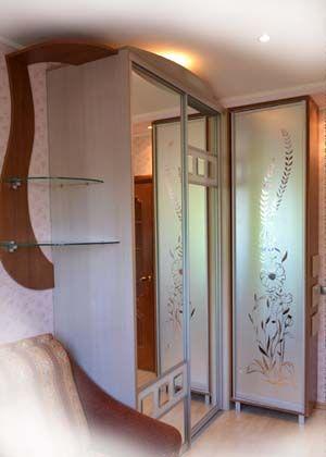 Шкаф купе с радиусами оригинальный дизайн