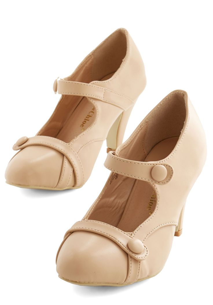 Wear Anywhere Heel in Creme | Mod Retro Vintage Heels | ModCloth.com