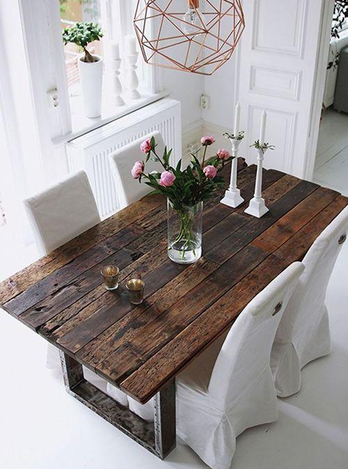 Pi di 25 fantastiche idee su tavolo da terrazzo su for Vecchie tavole legno