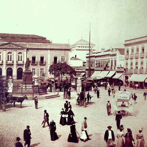 Largo de S.Francisco de Paula,  1890