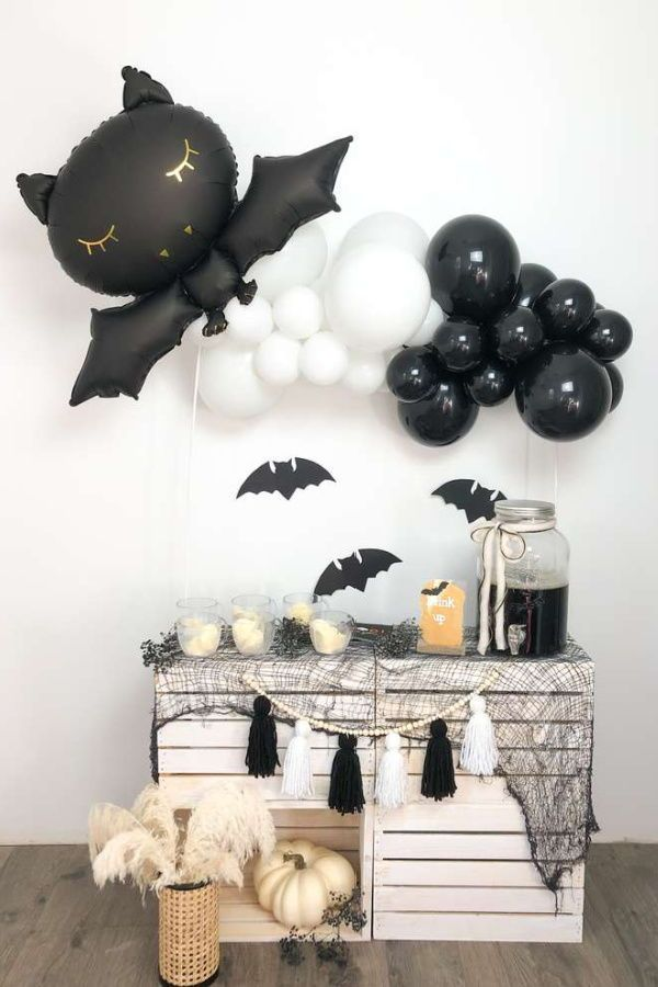 Black And White Bat Halloween Halloween Party Ideas Photo 1 Of 4 Halloween Party Balloons White Halloween Party Halloween Balloons
