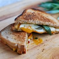 15 Delicious Grown-Up Grilled Cheese Recipes