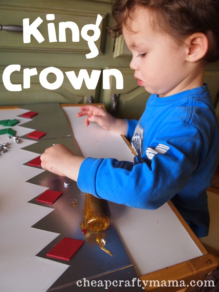 """""""K"""" is for King Crown Could totally do """"Q"""" is for Queen crown for girls."""