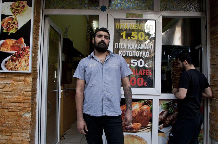 Tι Γεύση Έχει το Πραγματικό Street Food της Αθήνας; | VICE Greece
