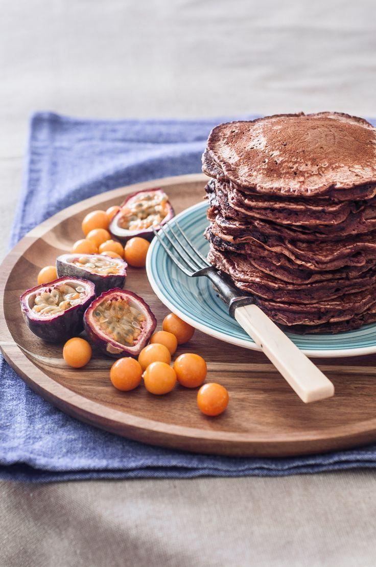 Chocolate chip pancakes. Panquecas de Cacau e Pepitas de Chocolate Ainda... | Source: Be Nice, Make a Cake
