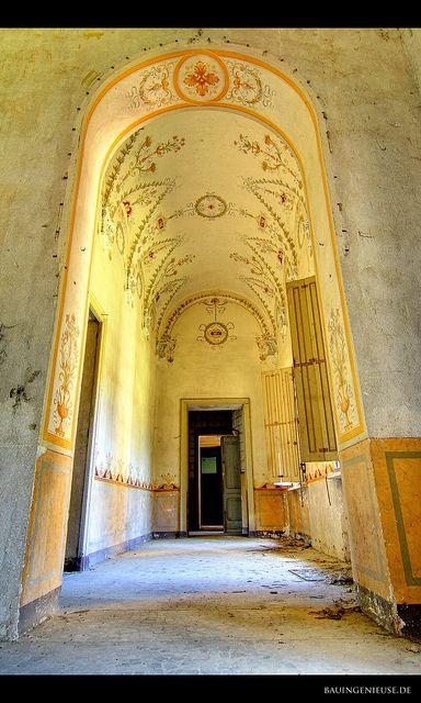beautiful decay...Castello Rosso, Italy