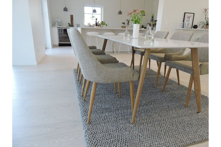 Matgrupp Pelle Oak / White with 6 chairs | Chilli.se