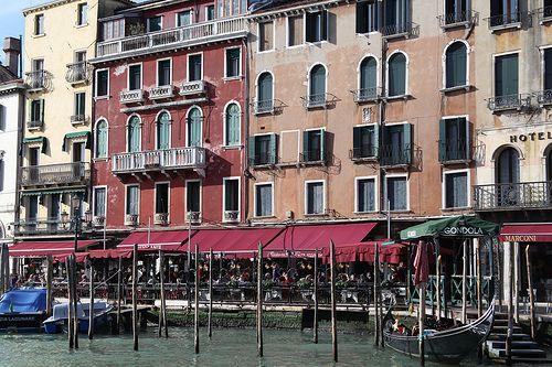 Restaurant y Góndolas