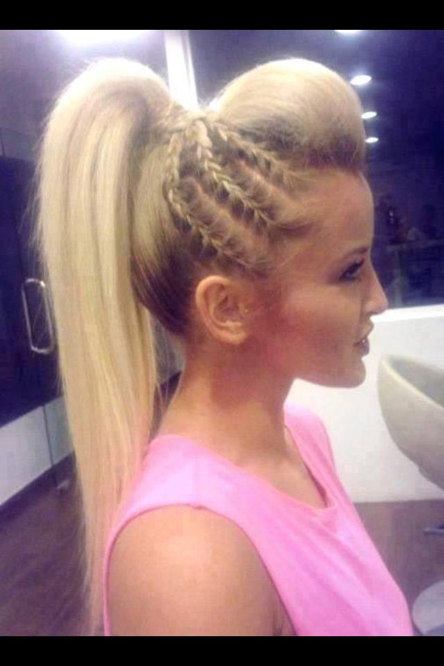 Want my hair done like this for the new years eve