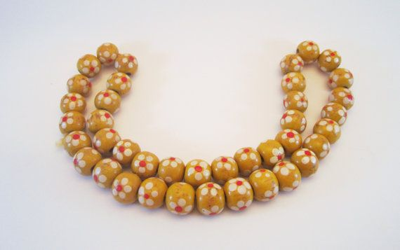 Vintage Yellow wood 70's flower bead necklace by NewUsedVintage, $15.00