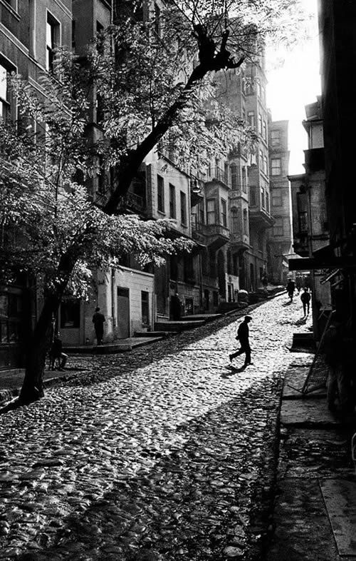 Gorgeous Photo By: Ara Guler