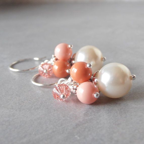 Koraal bruidsmeisje Earrings kraal Cluster door FiveLittleGems